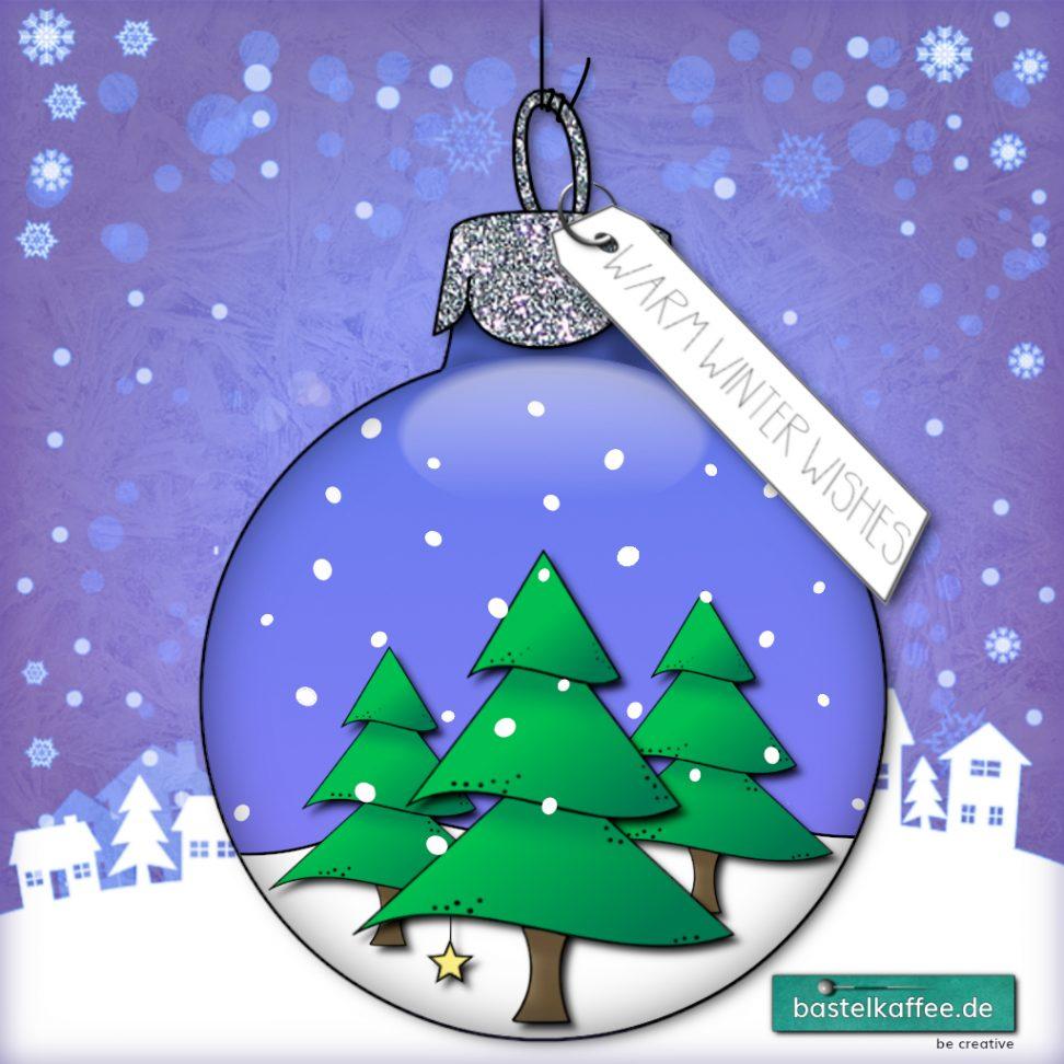 """Digitales Bild von einer Christbaumkugel mit 3 Tannenbäumen und Schneefall innendrin. Im Hintergrund ein lilafarbener Himmel und ein verschneites Dörfchen. Text: """"Warm winter wishes""""."""